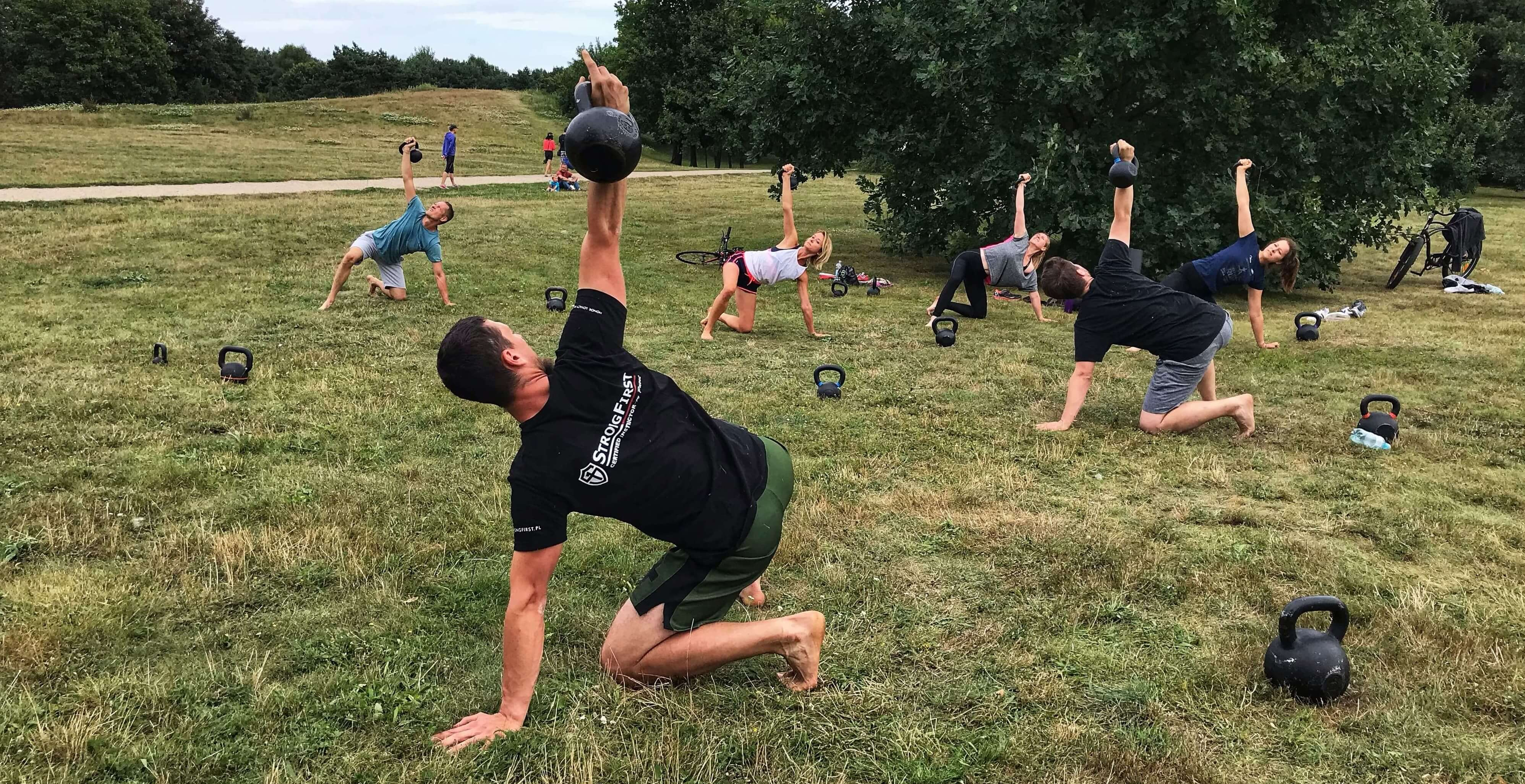 turkish get up, TGU, kettlebell, trening siłowy
